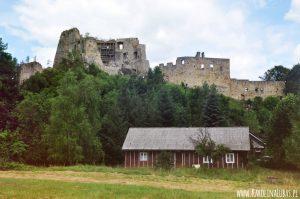 """Ruiny zamku KAMIENIEC w Odrzykoniu, czyli inspiracja dla """"Zemsty"""" Aleksandra Fredry"""