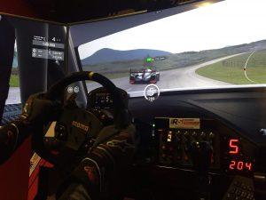 Poczuć się jak kierowca wyścigowy