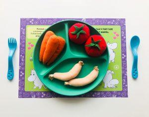 PODKŁADKI pod talerz pełne łamigłówek i zadań dla dzieci