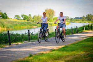 Jaki rower elektryczny miejski będzie najwygodniejszy dla kobiety?