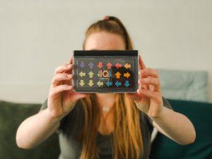 Kompaktowa gra LOGICZNA, która pobudzi szare komórki